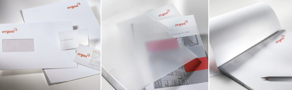 Geschäftsausstattung mit Briefpapier, Kuverts, Visitenkarten, Mappe, Schreibblock und Ordnern